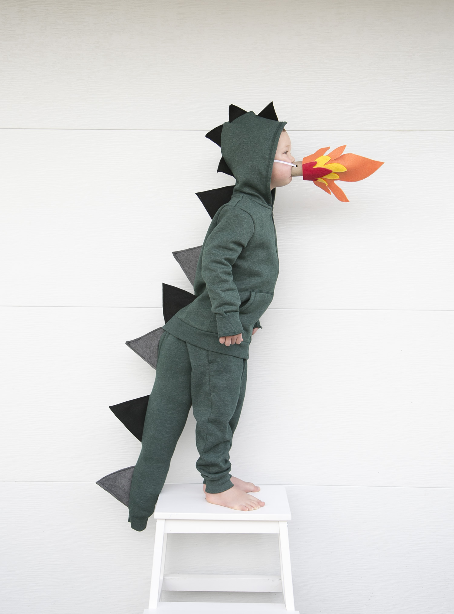 halloween costume boy green dragon