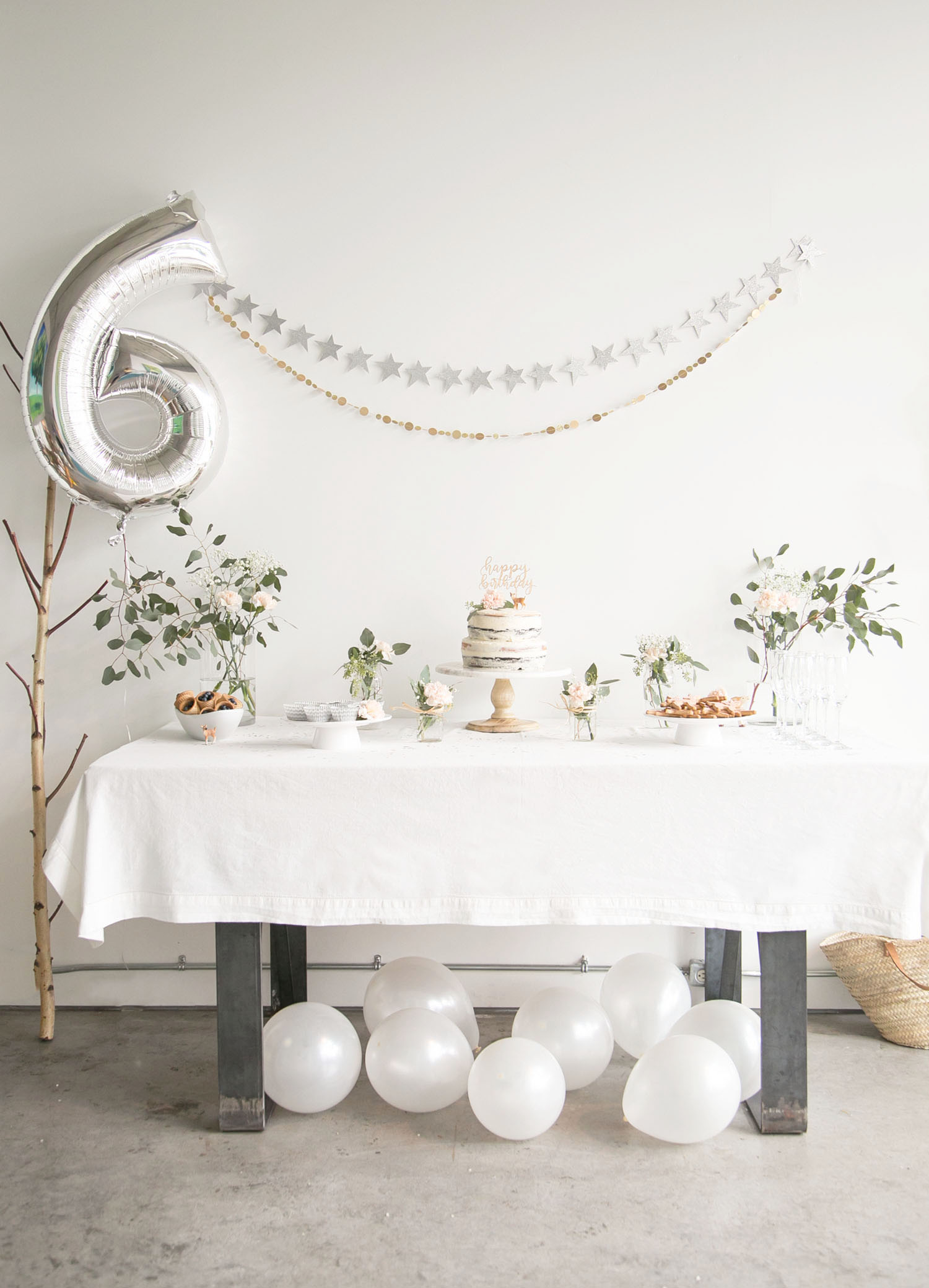 6 year old girl birthday party table