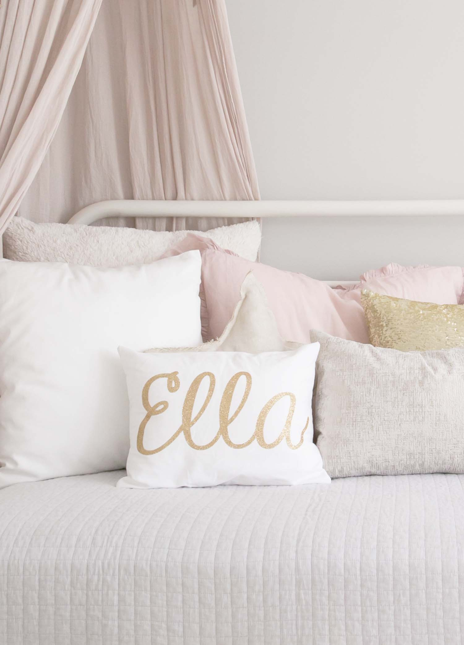 Ella gold sparkle pillow