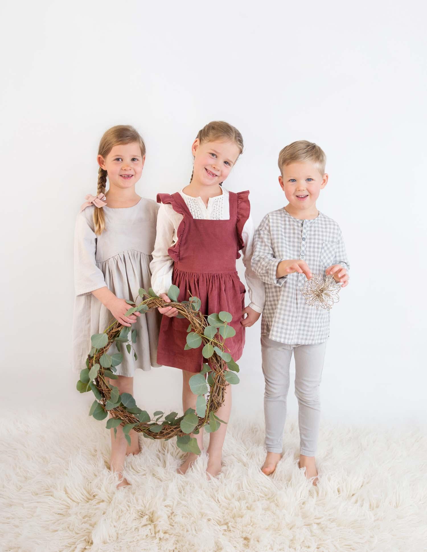 kids christmas card photo