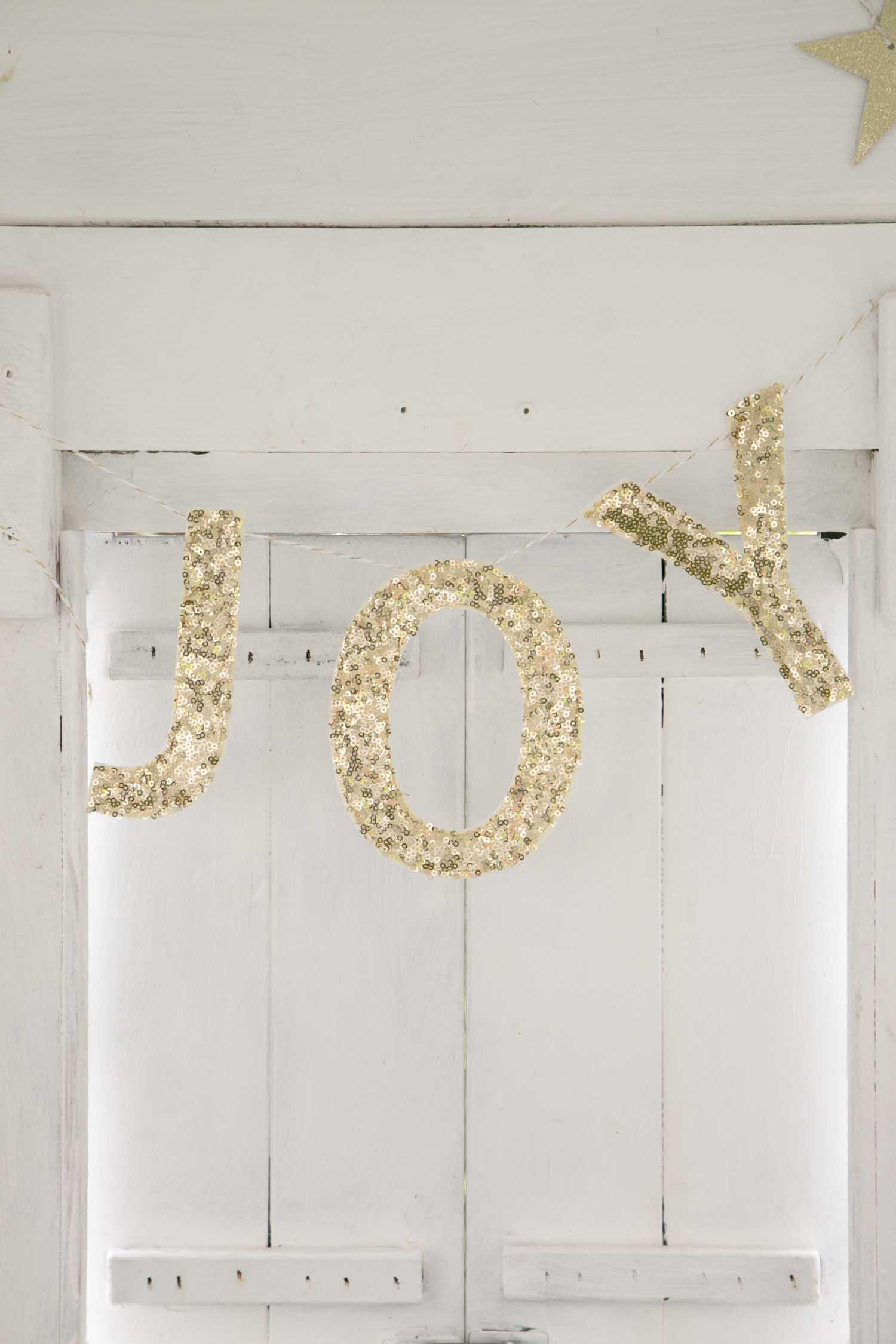 JOY garland