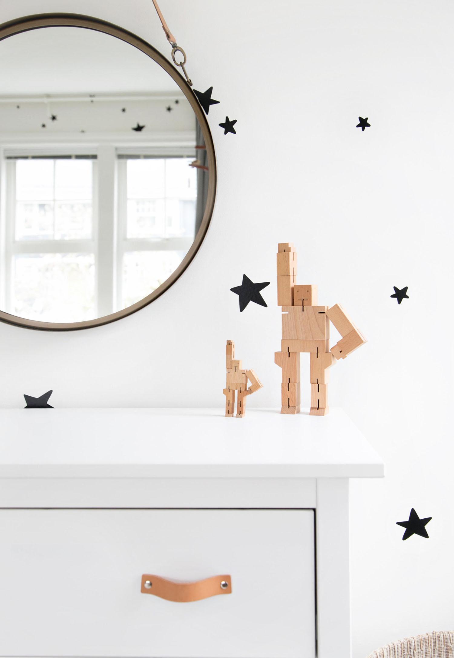 cubebot robots on dresser