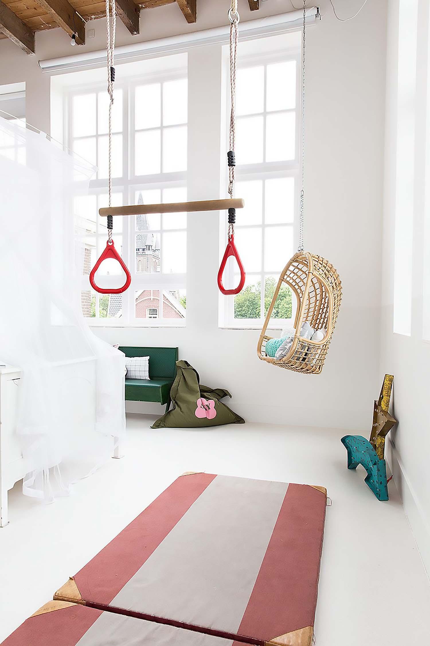 white floor kids room