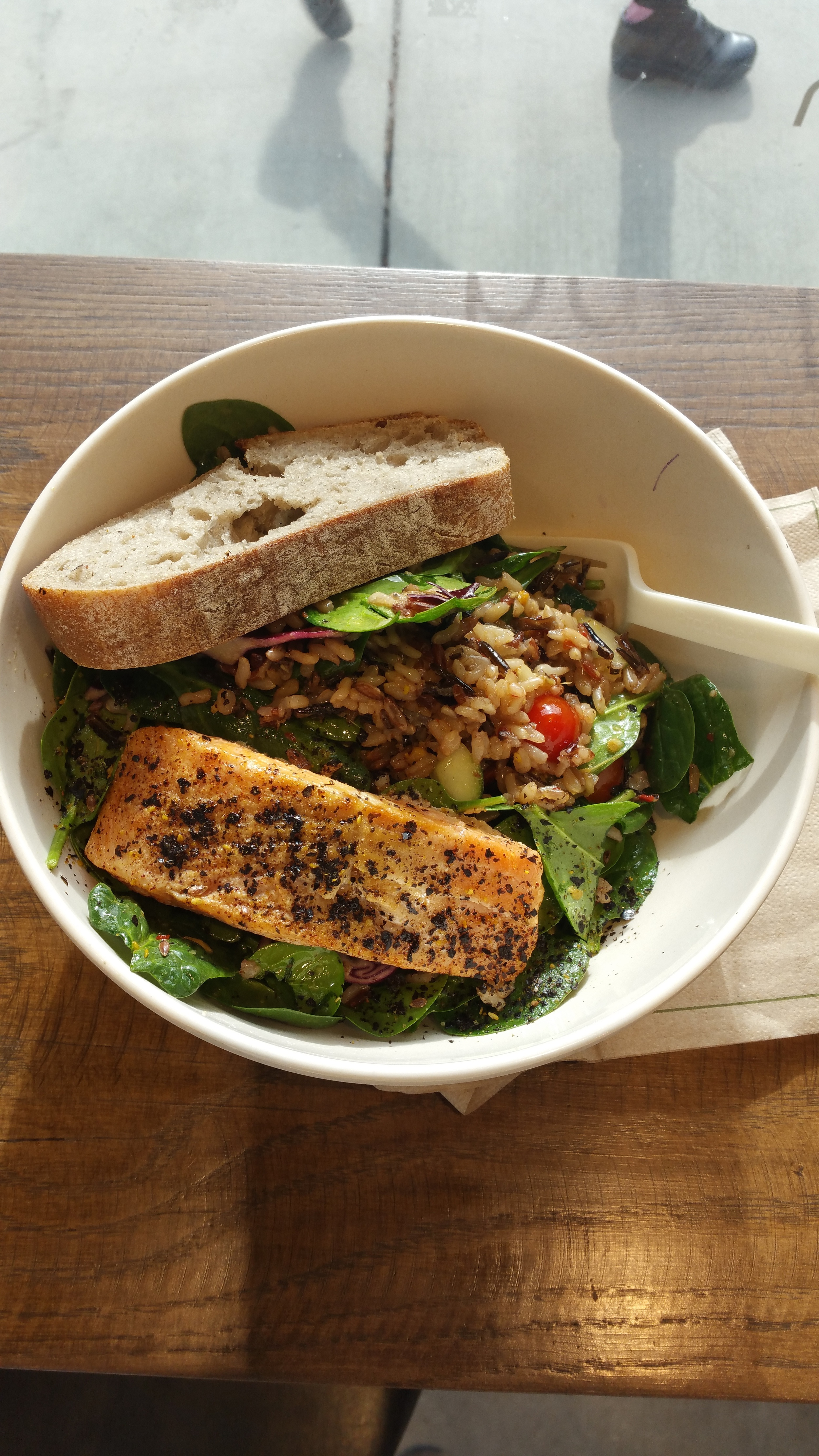 The Bento salad with bread