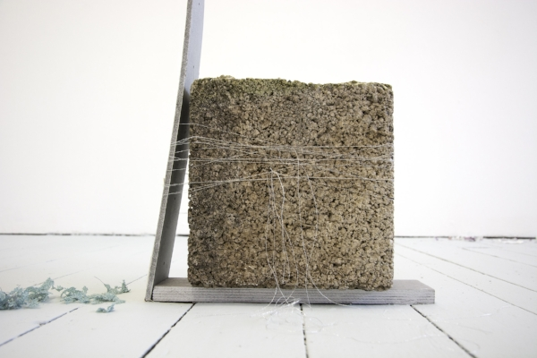 Kelly M. O'Brien, By a Thread. Paper, wood, paint, thread, cinder block. 110x175x10 cm   43x69x4 inches. Studio 1  assessment installation for Bath Spa School of Art and Design MFA. ©2018