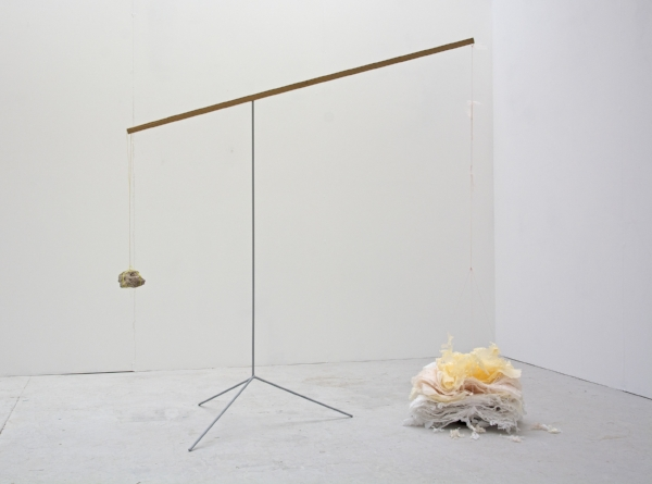 Kelly M. O'Brien,  Tricky Balance . Paper, tulle, thread, steel, wood, rock, cast lead. 154x160x35 cm | 60x63x14 inches. ©2018.
