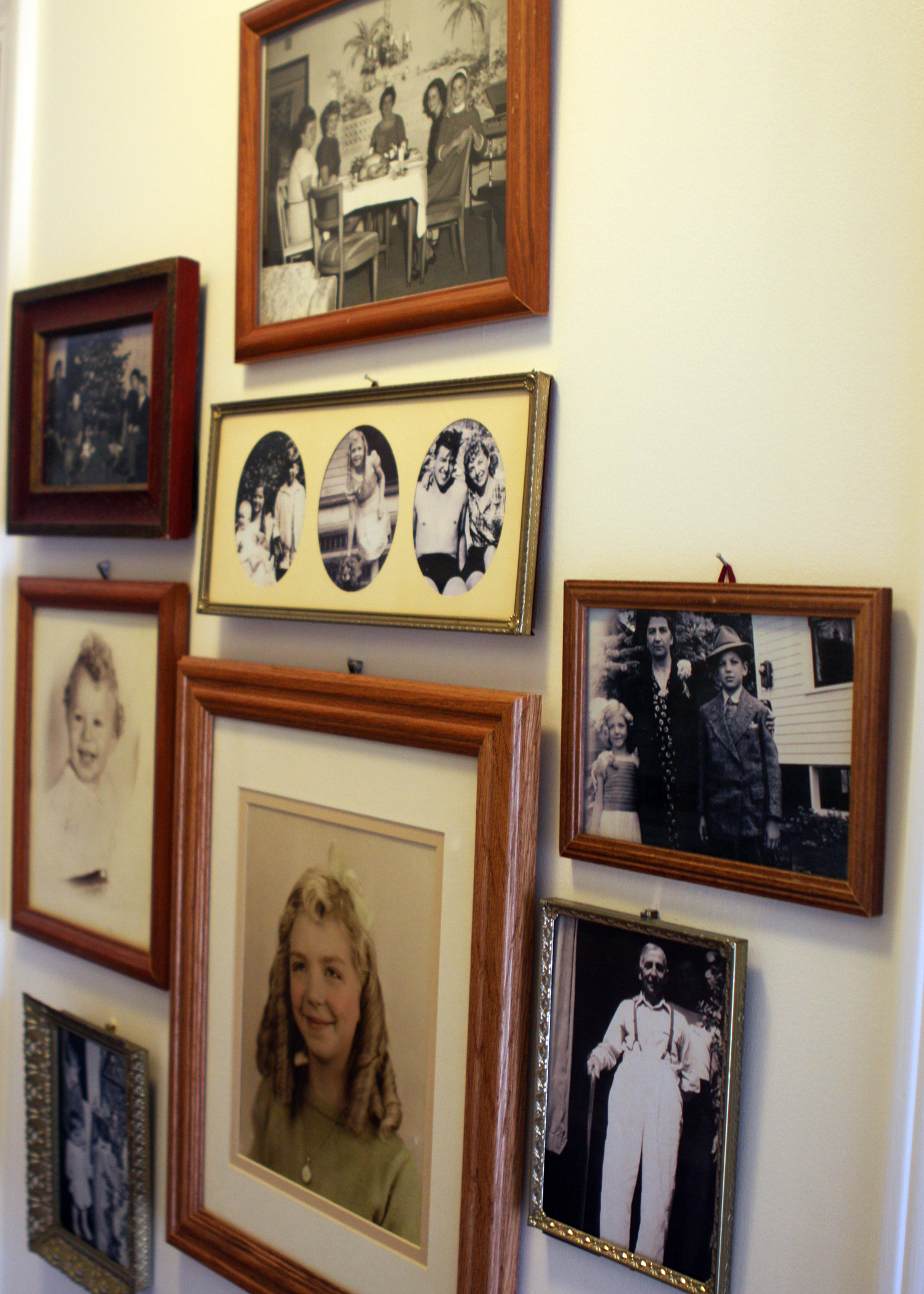 Family Gallery Wall2