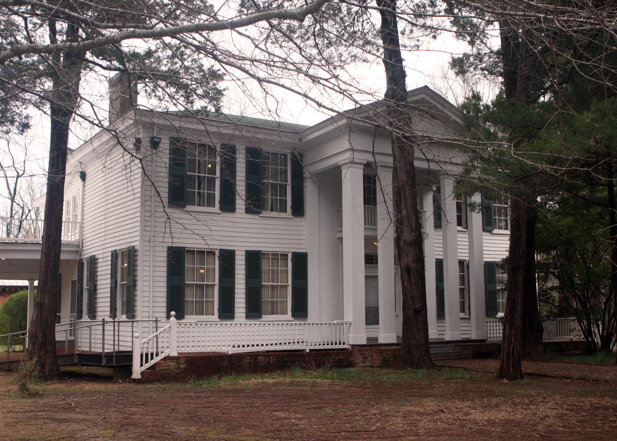 historic mississippi homes — Gerald & Joan