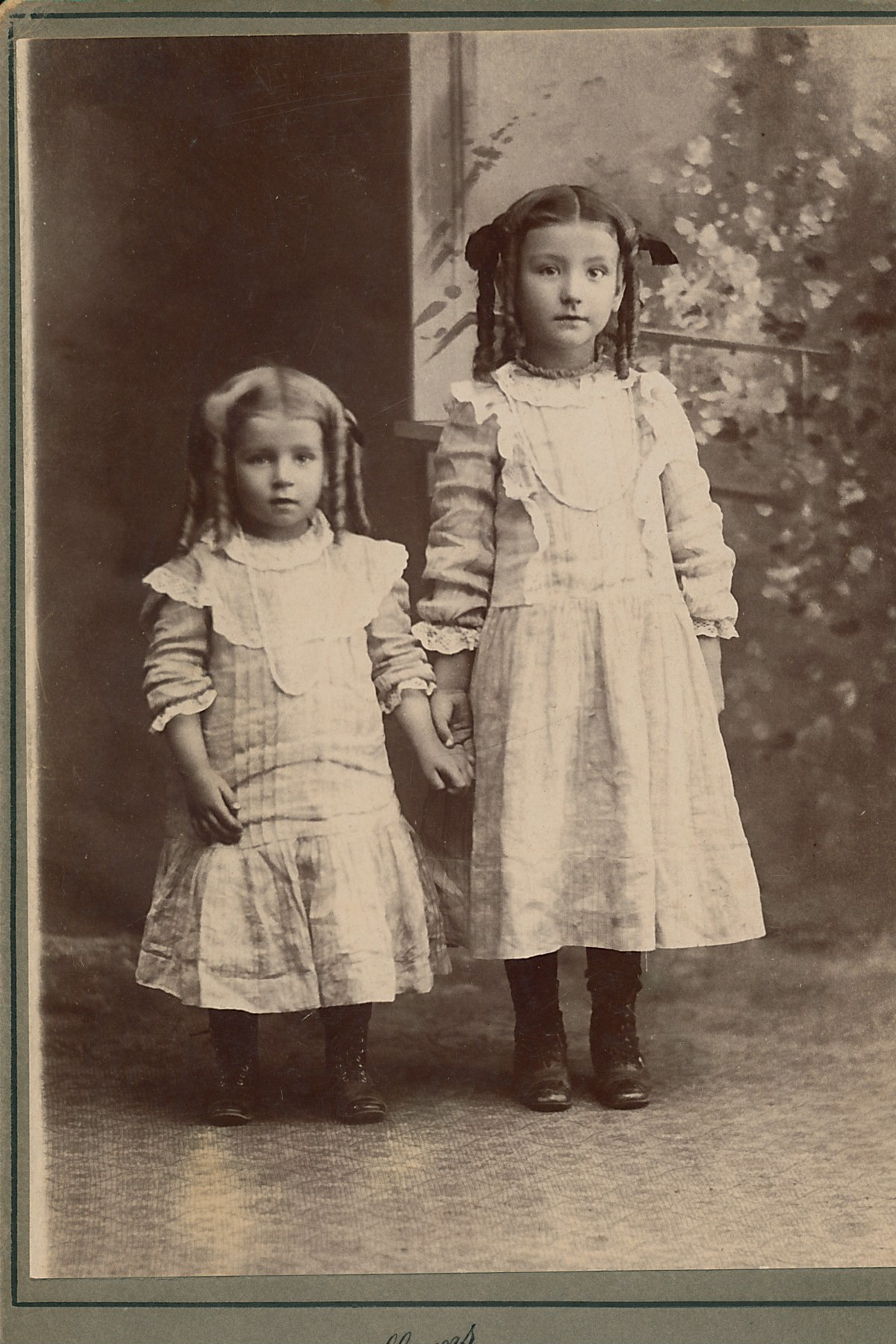 My great-grandmother  Elsie  (right) and her sister Myrtle.