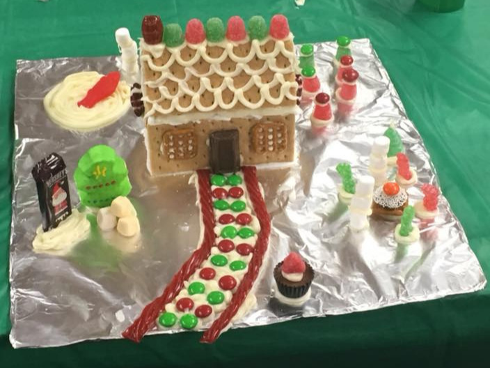 GINGERBREAD MAKING GALLERY