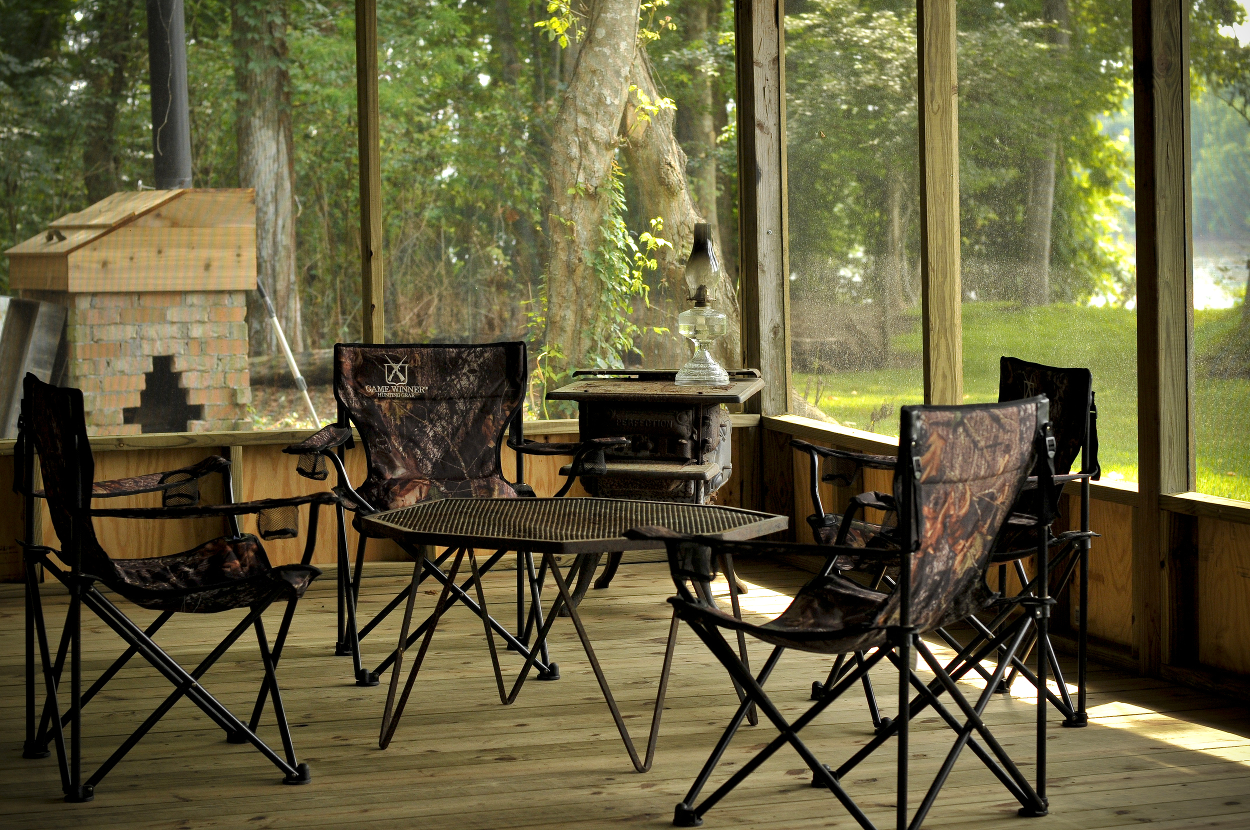 Screened in Porch 58 _1.JPG