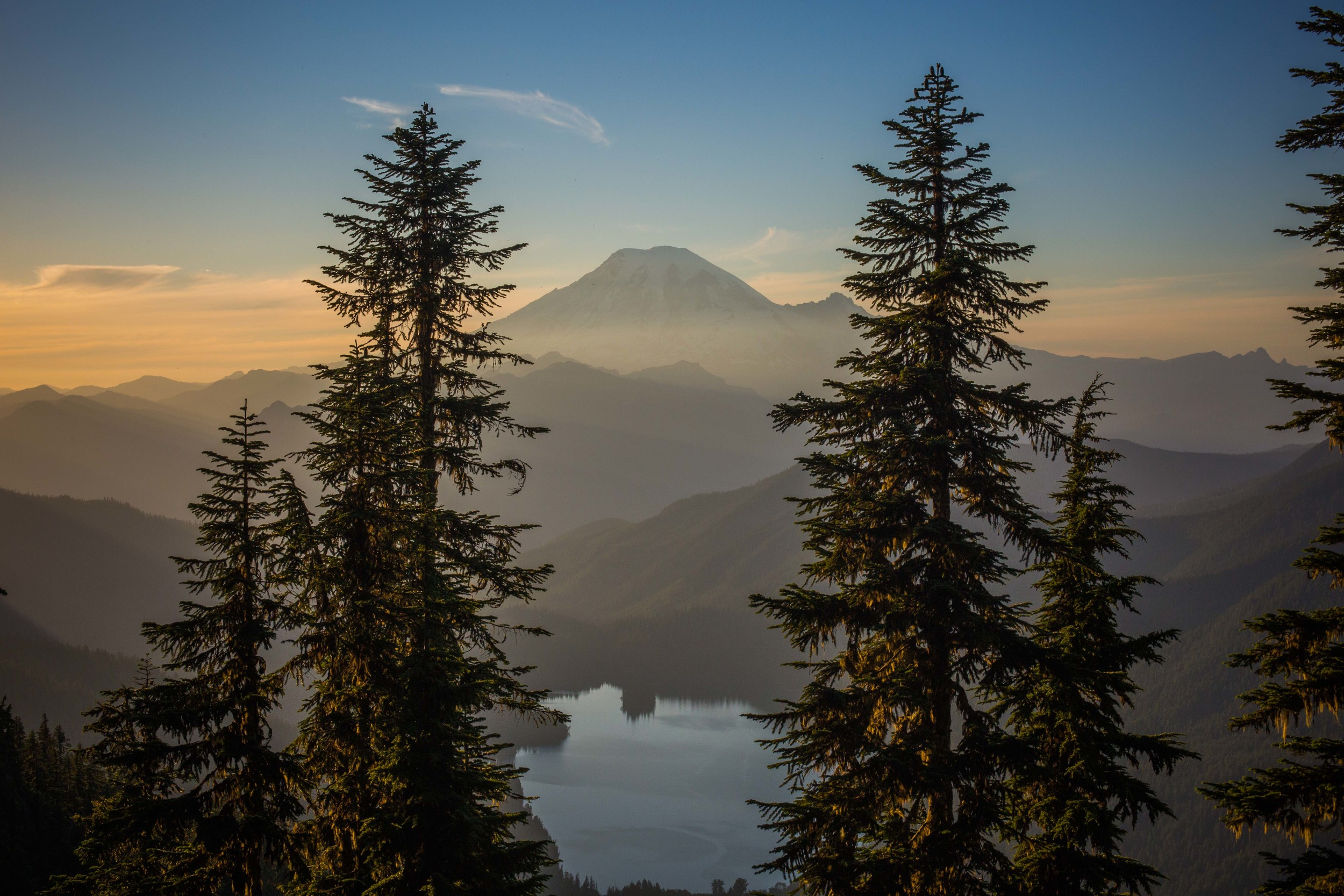 Mt. Rainer with Packwood Lake in the foreground on our first evening hike in.