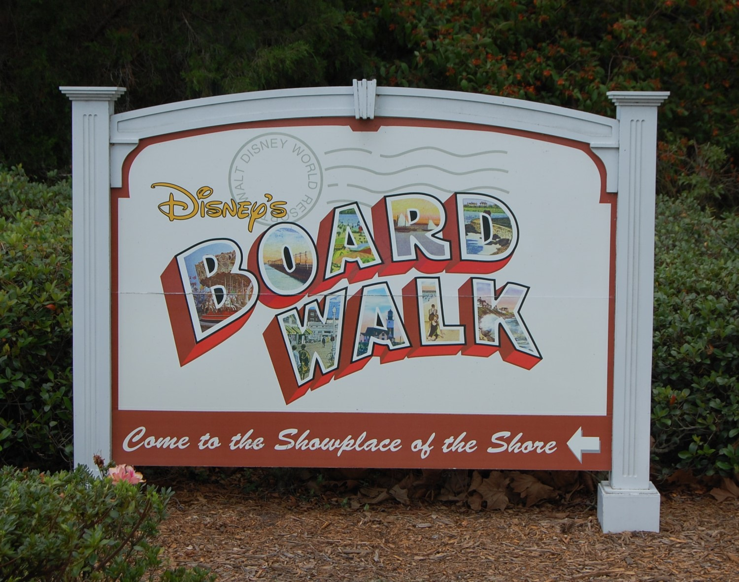 PHotos & Information about Disney's Boardwalk Inn at the Walt Disney World Resort in Floridaat http://www.buildabettermousetrip.com/disneys-boardwalk-inn