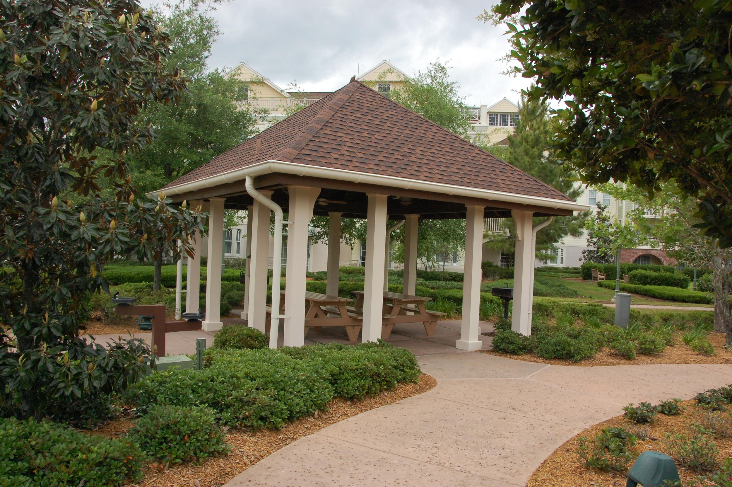 Saratoga Springs Picnic Tables