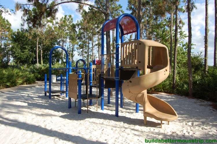 Children's playground at Disney's All-Star Music Resort - Photo 2