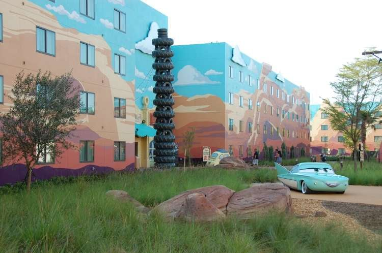 Art-of-Animation-521-Flo-and-the-leaning-tower-of-tires-at-Art-of-Animation-Resort.JPG