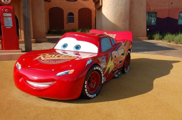 Art-of-Animation-606-Lightning-McQueen-Statue-at-Disneys-Art-of-Animation-Resort-in-Florida.JPG
