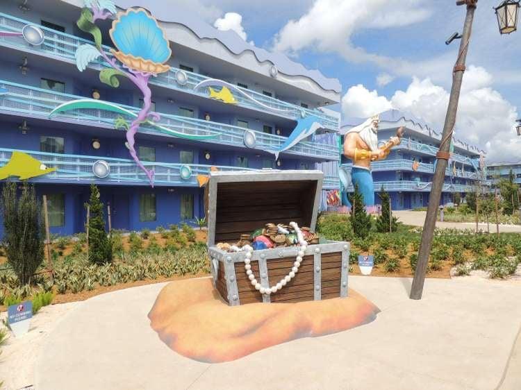 Art-of-Animation-729-Little-Mermaid-Courtyard-Treasure-Chest.JPG