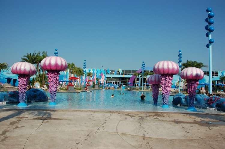 Disney's-Art-of-Animation-Big-Blue-Pool.JPG