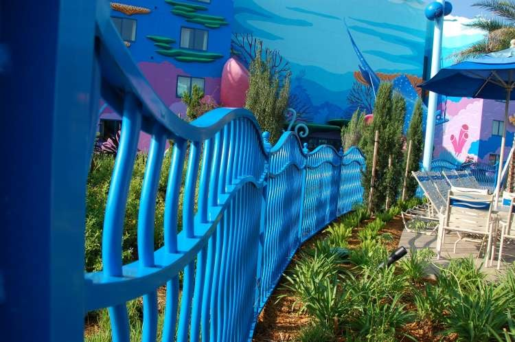 Disney's-Art-of-Animation-cute-fence-around-the-resort-swimming-pool.JPG