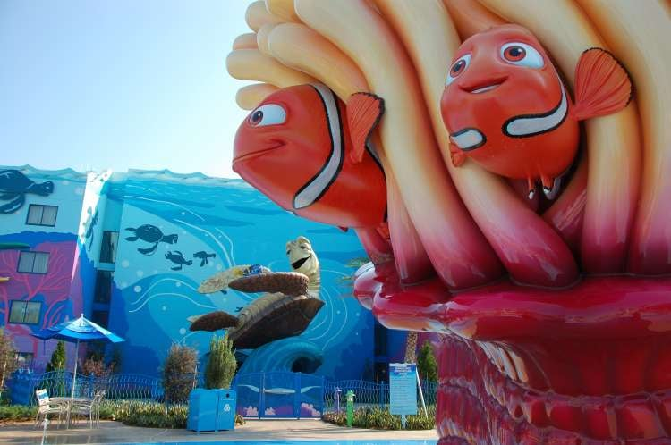 Disney's-Art-of-Animation-Marlin-Nemo-and-Crush-statues.JPG