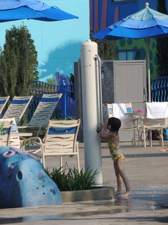 Disney's-Art-of-Animation-Outside-Shower.JPG