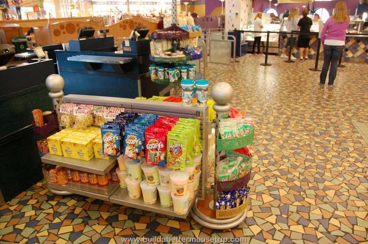 Candy and snacks in Everything Pop / Disney's Pop Century Resort
