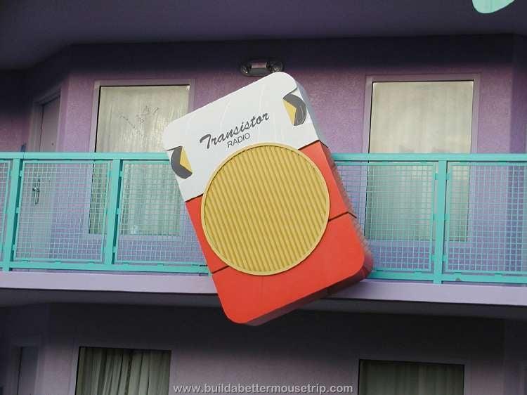 Transitor radio decor at Disney's Pop Century Resort hotel / Disney World