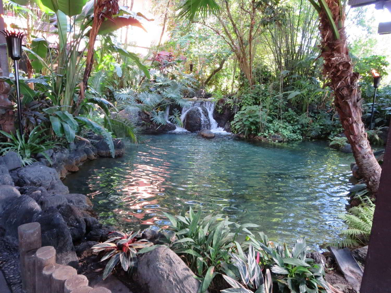 Disneys-Polynesian-Village-Entrance.jpg