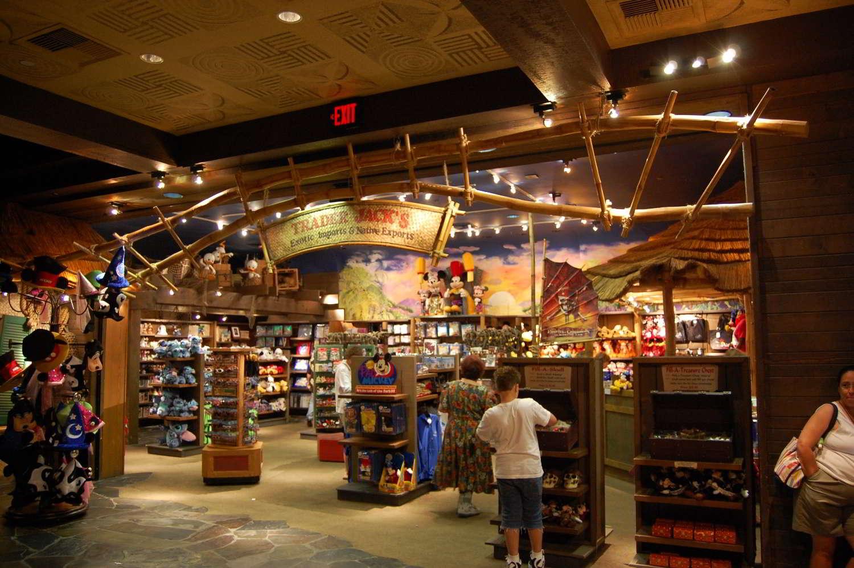 Disneys-Polynesian-Village-Trader-Jacks.jpg