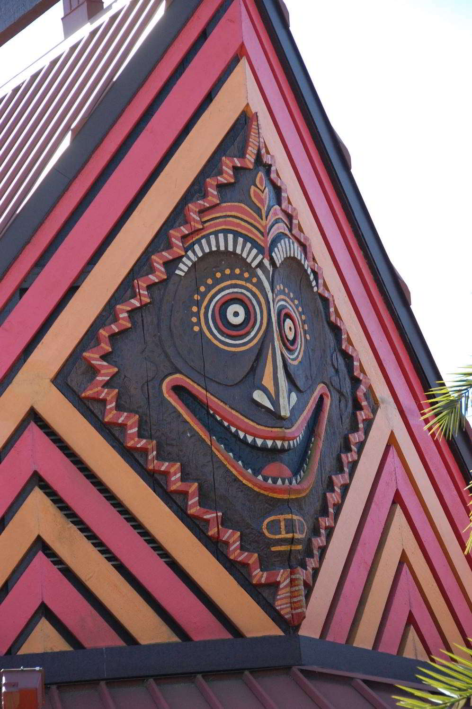 Disneys-Polynesian-Village-Themeing.jpg