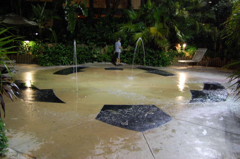 Disneys-Polynesian-Village-Water-Play-Area.jpg
