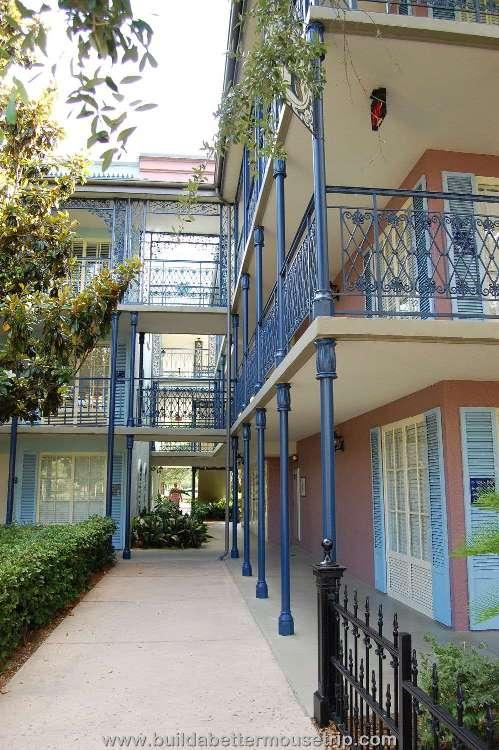 Disney's-Port-Orleans-French-Quarter-Building (11).jpg