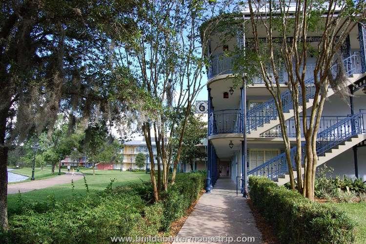 Disney's-Port-Orleans-French-Quarter-Building (16).jpg