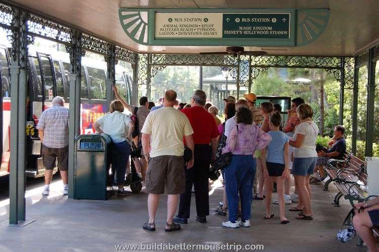 Disney's-Port-Orleans-French-Quarter-Bus-Stop (4).jpg