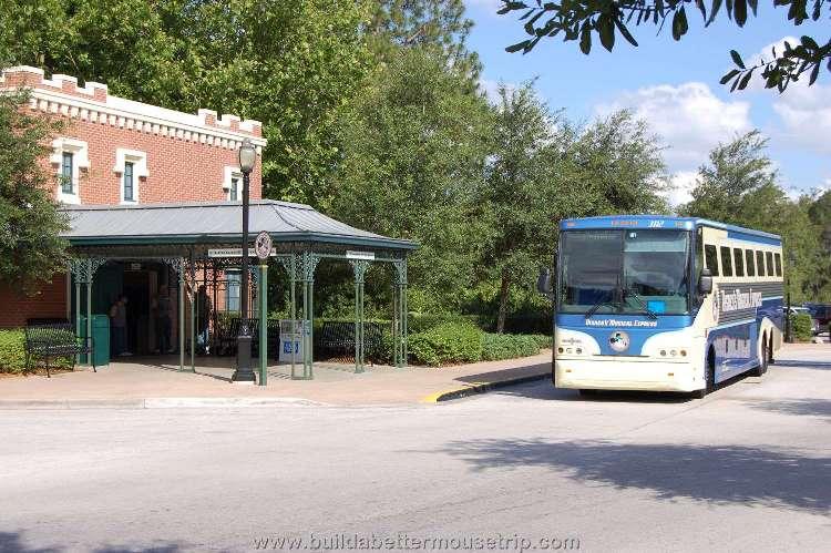 Disney's-Port-Orleans-French-Quarter-DME.jpg