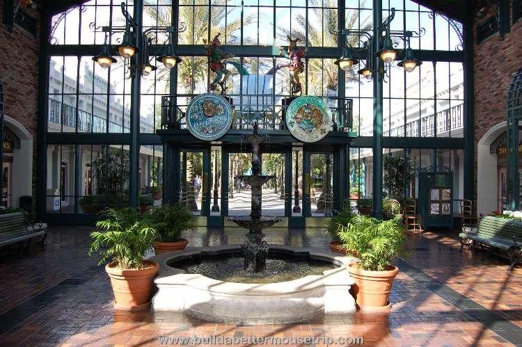 Disney's-Port-Orleans-French-Quarter-Lobby.jpg