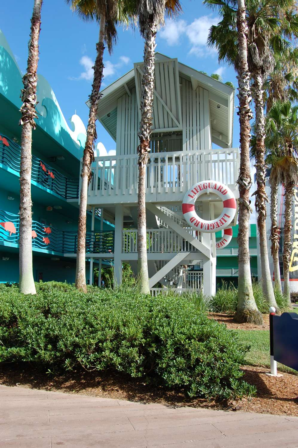 331-All-Star-Sports-Surfs-Up-Buildings-Stairs.JPG