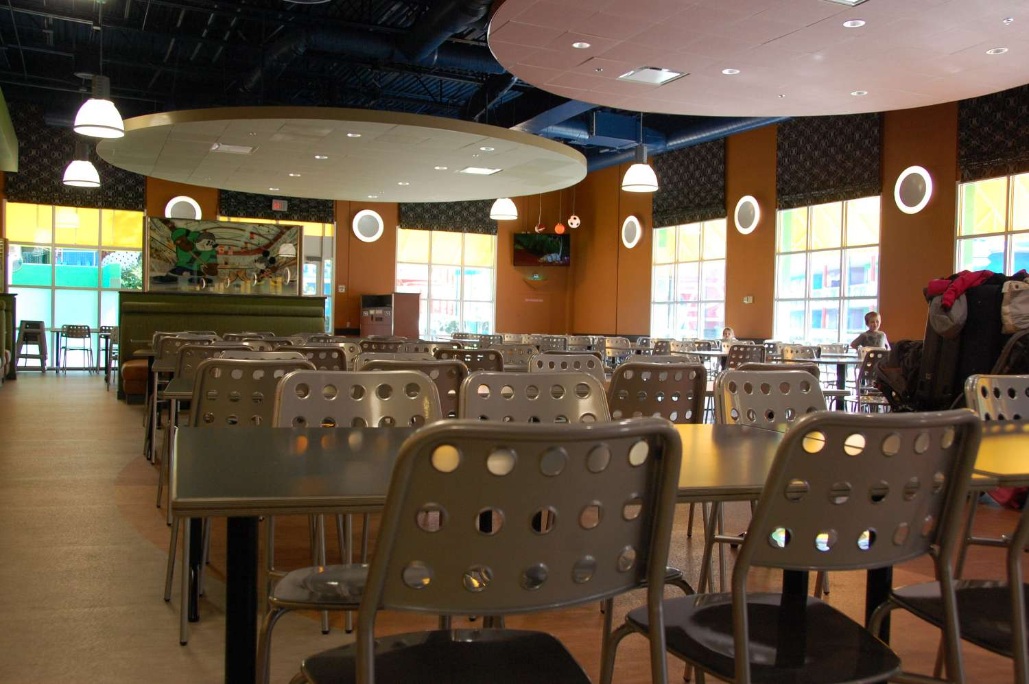 Disney's-All-Star-Sports-End-Zone-Food-Court-Seating (2).JPG