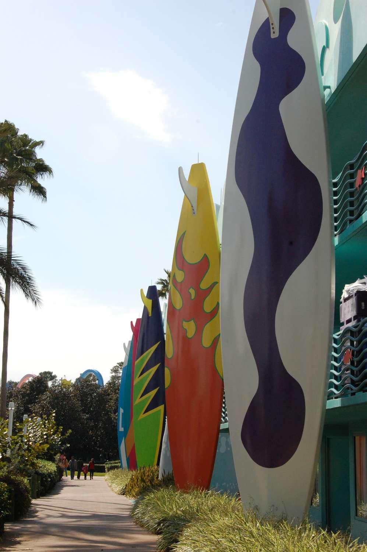 Disney's-All-Star-Sports-Surf's-Up (2).JPG