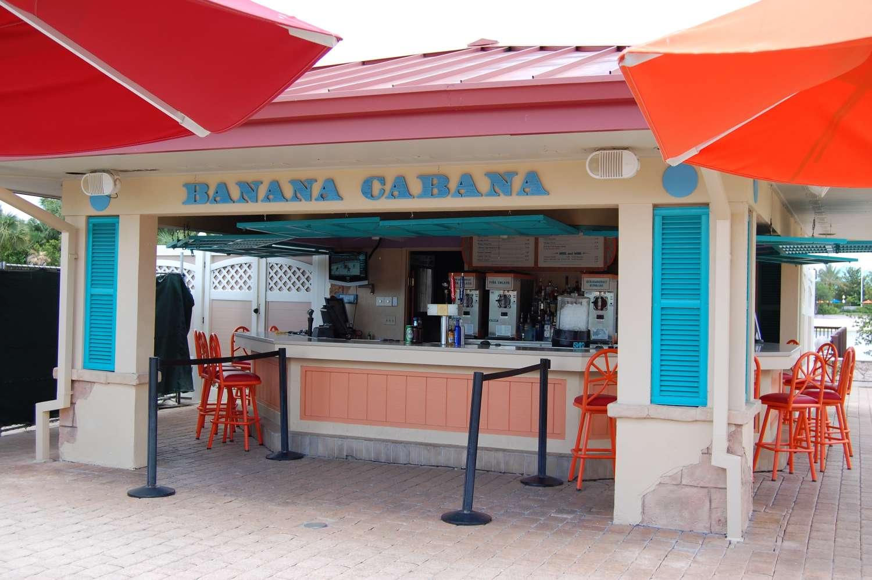 Disney's-Caribbean-Beach-Resort-Banana-Cabana-Pool-Bar.jpg