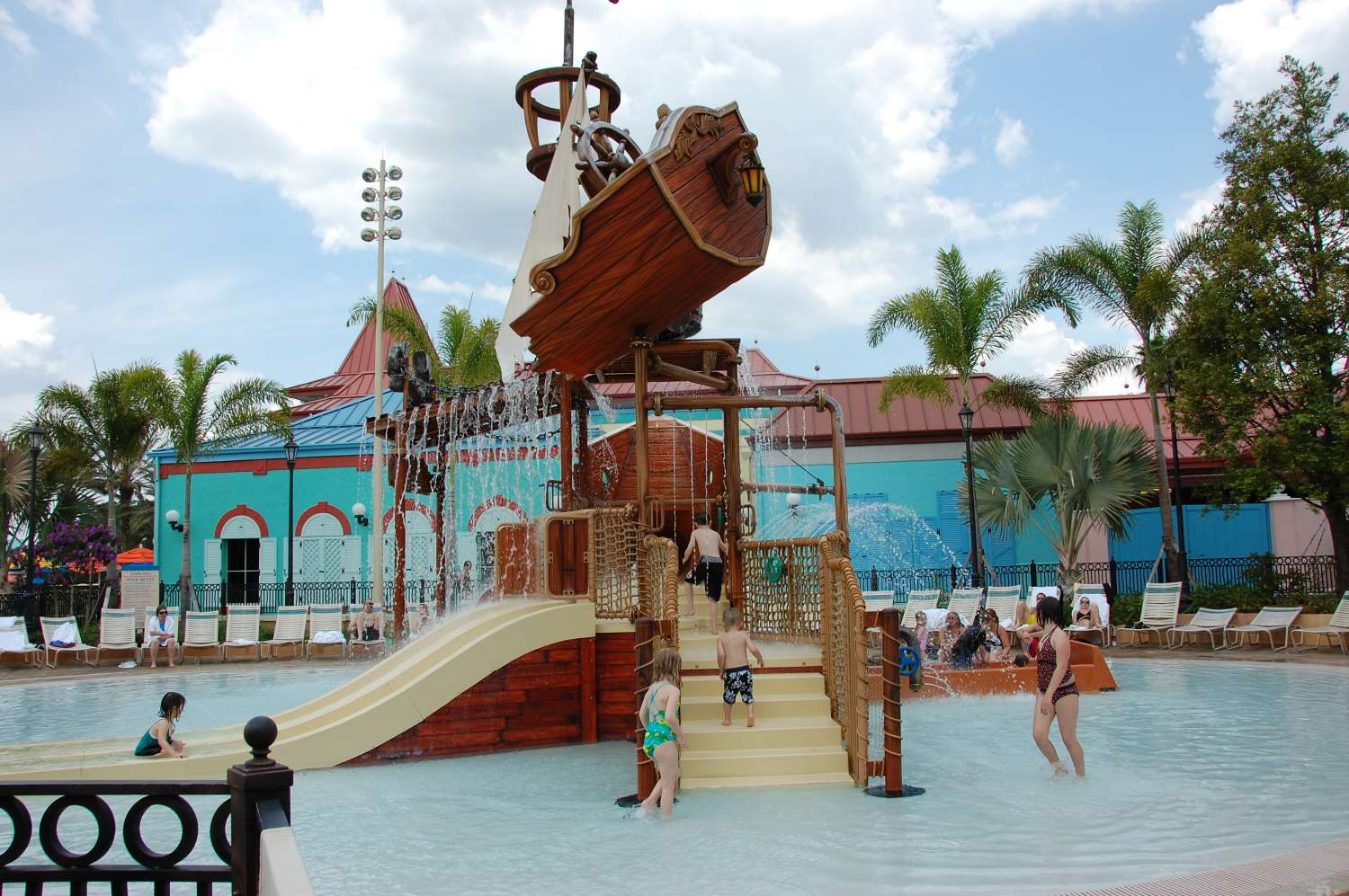 Disney's-Caribbean-Beach-Resort-Pirate-Ship-Splash-Zone (2).jpg