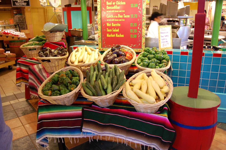 coronado-springs-013-Pepper-Market-Vegetables.JPG