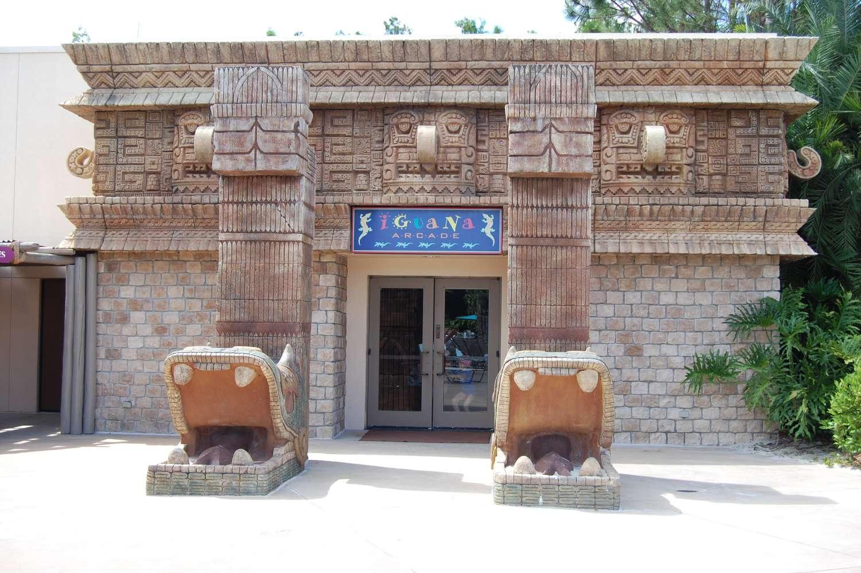 coronado-springs-030-The-Dig-Site-Iguana-Arcade.JPG