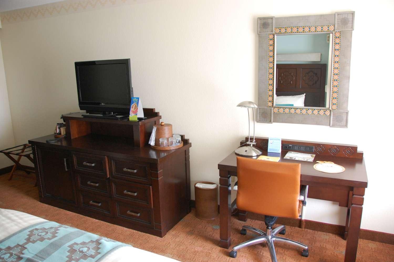 coronado-springs-044-Room-Desk-and-ENtertainment-Center.JPG