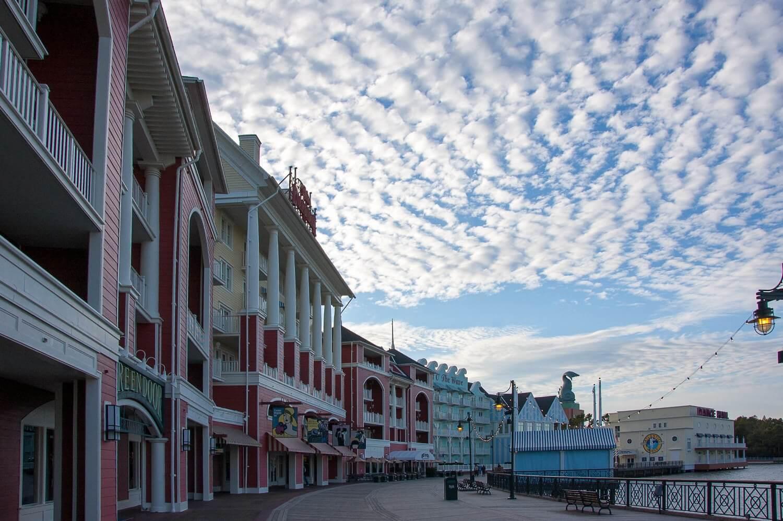 Disneys-Boardwalk-Inn-Boardwalk.jpg