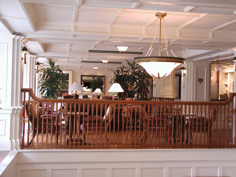Disneys-Boardwalk-Inn-Lounge.JPG