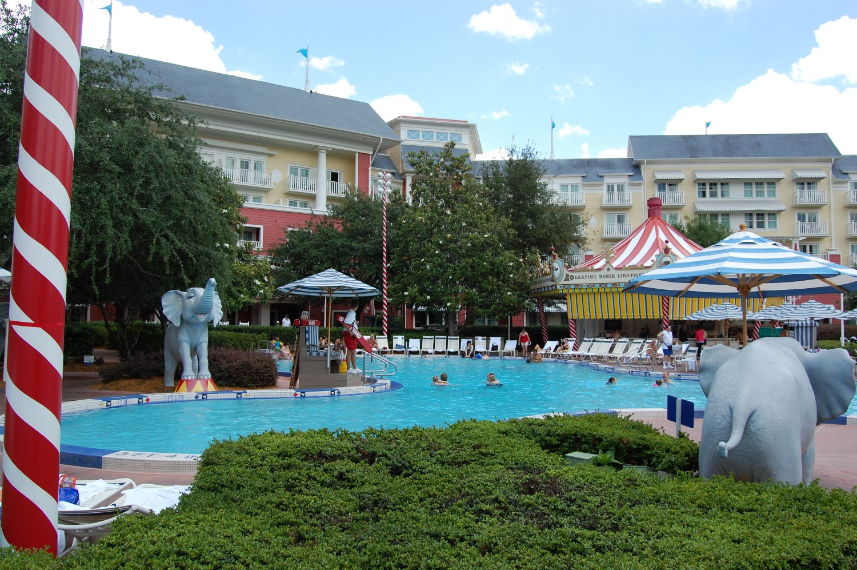 Disney's-Boardwalk-Inn-Luna-Park-Pool-2.JPG