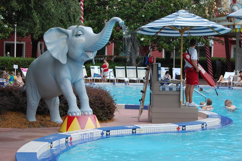 Disneys-Boardwalk-Inn-Luna-Park-Pool-3.JPG