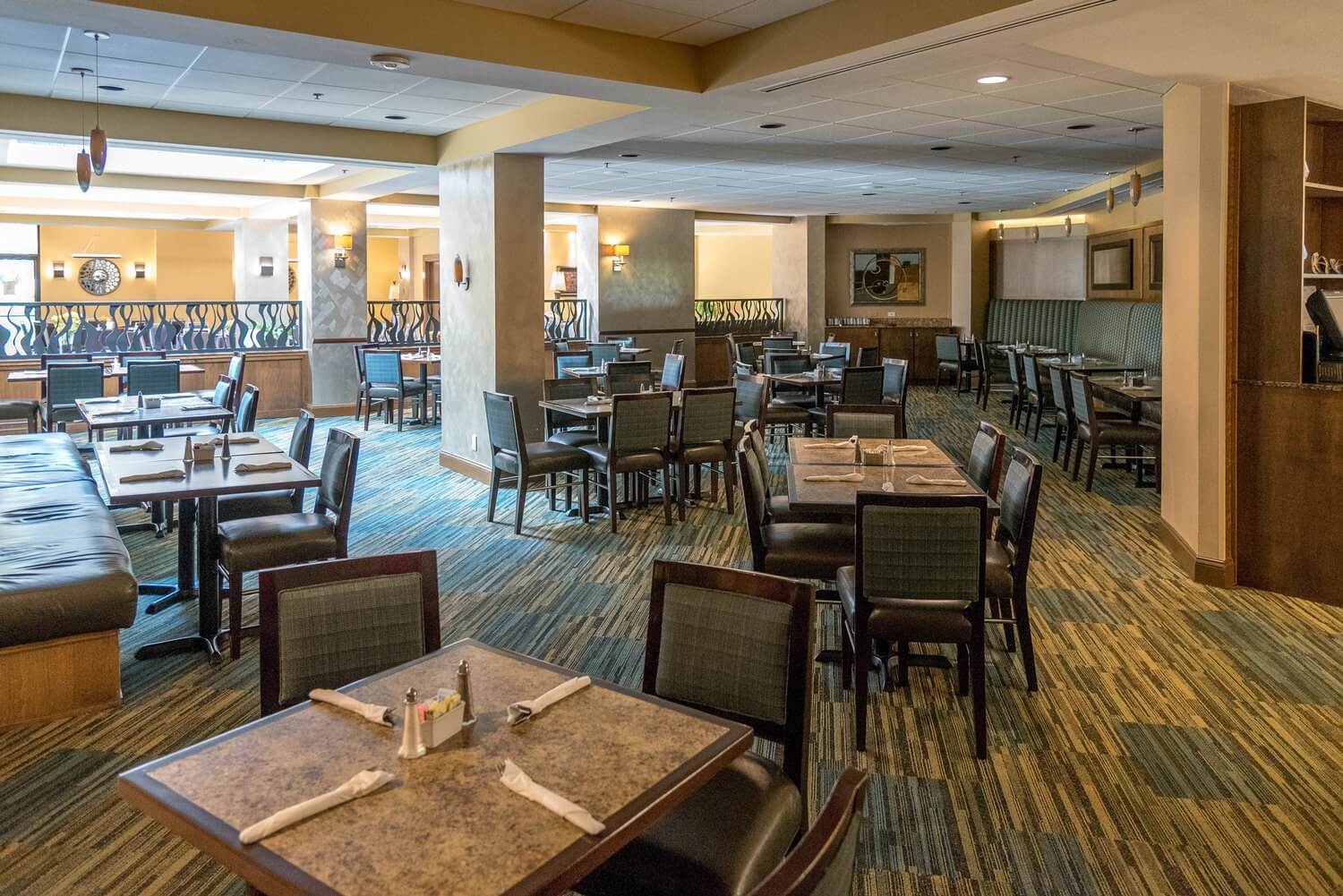 The Evergreen Cafe and Lounge at DoubleTree Suites by Hilton Orlando - Disney Springs / Walt Disney World Resort - Orlando Florida